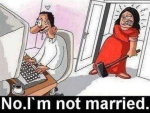 1943998847-husband_cheating_on_wife_chatting_on_computer_getting_caught
