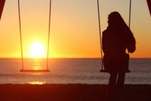Lonely-Woman_642779_large